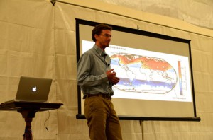 Elizabeth McCarthy/MEDILL Aaron Putnam, climate scientist at Columbia University, presented research on glacial melt in the Great Basin of the western U.S. during a period of climate change 16,000 years ago. This research can help us understand climate change today.