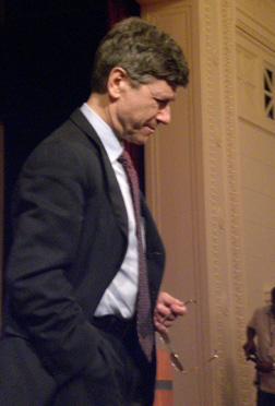 """Kathryn Murphy/MEDILL  Jeffrey Sachs, director of the Earth Institute at Columbia University, said time is running out to deal with global water issues. He made his comments at the """"Sustaining Our Blue Planet"""" panel discussion at the Field Museum Wednesday night."""
